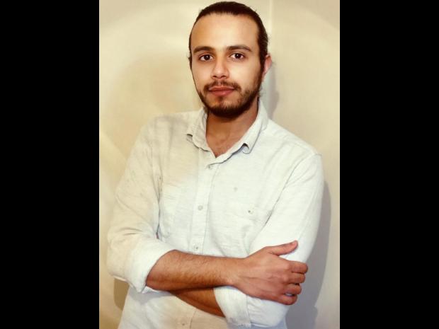 مصر: أسرة المدافع عن حقوق الإنسان مصطفى فؤاد تتعرض للمضايقة والتهديد بالانتقام